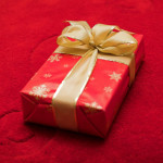Qual presente de Natal você irá dar ao seu amor à distância?