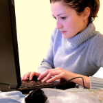 Como deixar uma garota curiosa online?