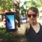 Relacionamento à distância grátis: como ter um?